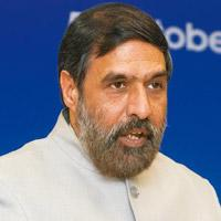 Index revamp: Commerce minister Anand Sharma said there would no expansion in the basket of products in the wholesale price data. Ramesh Pathania / Mint
