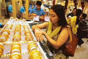 Hitting a record: Gold prices in Mumbai surged on Tuesday by Rs200 and touched an all-time high of Rs17,300 per 10g on frantic buying by jewellers for the ongoing marriage season. Rupak De Chowdhuri /