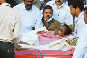Fasting unto death: A 3 December photo of TRS president Rao at NIMS in Hyderabad. He has refused to end his fast in the absence of a clear assurance from the government on the formation of a Telangana