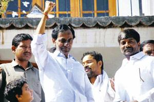 Lost cause? Telangana Rashtra Samiti chief K. Chandrasekhar Rao comes out of hospital after calling off his fast-unto-death. PTI
