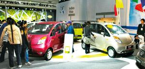 Small wonder: The Nano was showcased by Ratan Tata at the previous edition of the New Delhi auto show two years ago. Ramesh Pathania / Mint