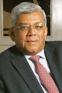 Warning signals: Deepak Parekh says the regulatory bodies should be more vigilant against frauds, and employees of a company too should complain to the regulators if they suspect any wrongdoing. Abhij