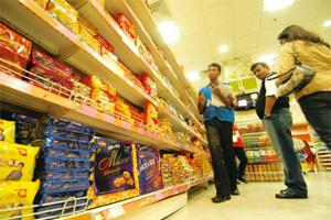 Slow pace: A Spencer's Hyper retail outlet in Kolkata. Companies and analysts agree food inflation is the prime reason for the packaged consumer goods industry's slowing rate of growth. Indranil Bhoum