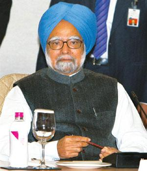 Hearing complaints: Manmohan Singh requested ministers to do their best to make governance effective.Kamal Kishore/PTI