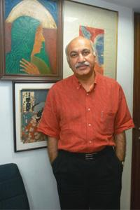 New venture: Journalist M.J. Akbar at his office in New Delhi. Vipin Kumar / Hindustan Times