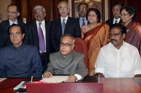 Finance minister Pranab Mukherjee with ministers of state Namo Narain Meena and SS Palanimanickam giving final touches to the annual Budget 2010-11 on the eve of its presentation in the Lok Sabha in n