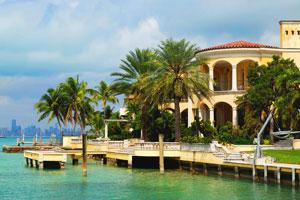 High life: A celebrity villa in Miami that you can rent for a week. Roberto Adrian
