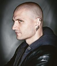 Noir world: China Miéville. Chris Close