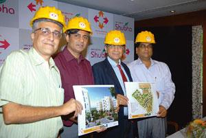 New venture: (from left) Naresh Narasimhan, architect-principal, Venkatraman Associates; Ramesh Ramanathan, chairman and director, Janaadhar Constructions; S. Shridhar, CMD, Central Bank of India and