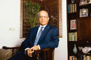 Toasting a partnership: The day Maruti signed the deal with Suzuki happened to be a dry day. Maruti booked a suite at Ashoka Hotel and somehow managed to get champagne to celebrate, Bhargava writes in