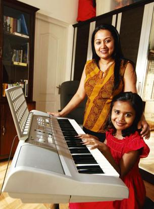 Two's company: Priya and Aishwarya Krishnan will take a Mom 'n' Kids trip to Hong Kong. Pradeep Gaur / Mint