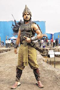 Changing trend: On the sets of Magadheera, one of the two Telugu blockbusters in 2009. Tollywood reels under increasing costs, mainly because of budget overruns, and poor box-office collections.
