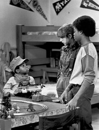 "In this 1980 file picture originally provided by NBC, Gary Coleman (left), playing Arnold, talks with Dana Plato, as Kimberly, and Todd Bridges, as Willis, in the ""Small Claims"" episode of ""Diff'rent"