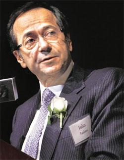 Taking a beating: John Paulson's Advantage fund dropped 6.9% through 21 May, dragging it to a year-to-date loss of 3.3%. Rick Maiman/Bloomberg