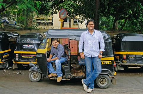 Read and ride: Dedhia (left) and Mehta successfully partnered with autorickshaw drivers. Abhijit Bhatlekar / Mint