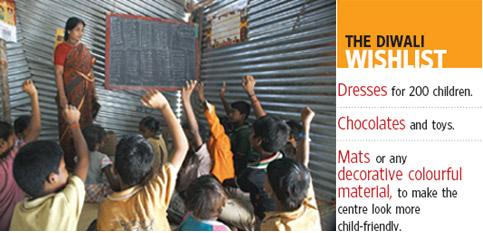 Education plus: Revathy teaching in a makeshift school at a construction site. Priyanka Parashar/Mint