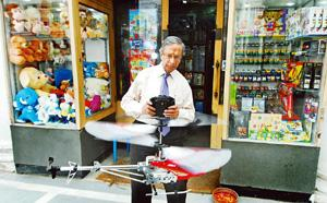 Still playing: Satish Sundra, 74, has been running Ram Chander & Sons in Connaught Place since his father's death in 1954. Priyanka Parashar/Mint