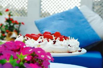 Lush: The pavlova's charm lies in its crisp meringue and creamy heart.Photo Priyanka Parashar/Mint