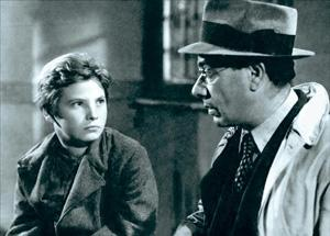 Sciuscià: This De Sica film intertwines the lives of two shoeshine boys.