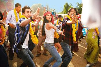 Poor execution: (from left) Imran Khan, Katrina Kaif and Ali Zafar in Mere Brother Ki Dulhan.