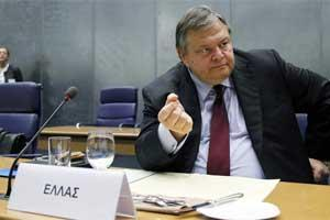 Greece's finance minister Evangelos Venizelos waits for the start of an euro zone finance ministers meeting in Luxembourg. Photo: Reuters