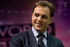 Historian Niall Ferguson gestures before a seminar in Istanbul. (File photo)