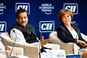 Idea exchange: Maharashtra chief minister Prithviraj Chavan (left) and Christy Clark, premier of British Columbia in Canada