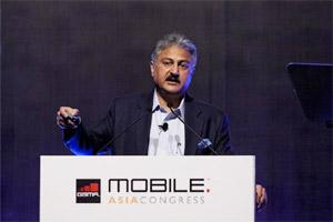 Sanjay Kapoor, CEO for India and South Asia at Bharti Airtel Ltd., speaks at the GSMA Mobile Asia Congress in Hong Kong on Wednesday. Bloomberg.