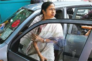 Breaking logjam: West Bengal chief minister Mamata Banerjee had demanded earlier a Rs 19,000 crore package for the state. HT photo