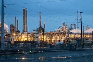 The HollyFrontier Corp. refinery stands in Tulsa, Oklahoma, US. Photo: Bloomberg