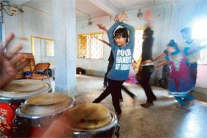 Step by step: A practice session at Komol Gandhar, the cultural initiative of the Durbar Mahila Samanwaya Committee sex workers collective in Kolkata. Photo: Indranil Bhoumik/Mint