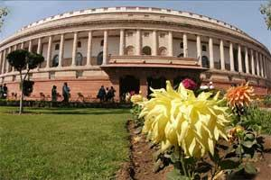 A hung Parliament could potentially put the onus on newly elected President Pranab Mukherjee. The president has to invite a party or a combination to form the government in case no party or pre-poll a