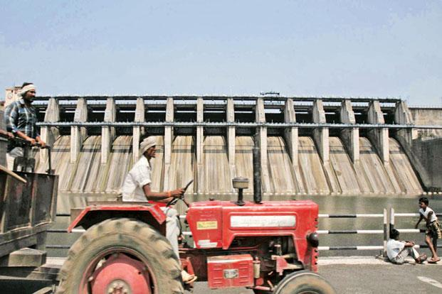 A file photo of a tractor at the Upper Wardha dam near Morshi in Amravati. Photo: HT