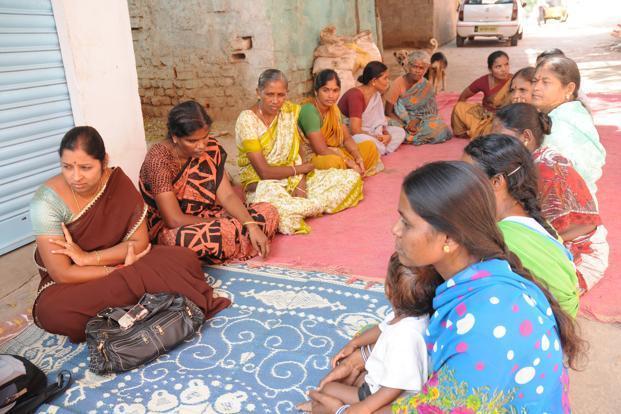 Borrowers of Microfinance (Janish Mahila Samiakya) meeting at Nandanavanam colony, L. B. Nagar, Hyderabad. Photo: Mint (Mint)
