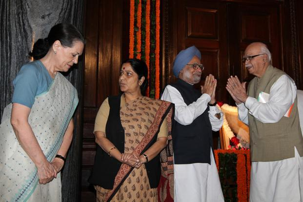 (From left) A file photo of UPA chairperson Sonia Gandhi, leader of the opposition in the Lok Sabha Sushma Swaraj, Prime Minister Manmohan Singh and BJP leader L.K. Advani at Parliament House in New Delhi. Photo: Arvind Yadav/HT