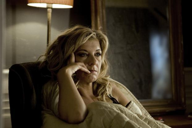 Danish actress paprika steen topless in bathtub - 3 7