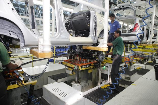 About 1,110 contract workers are engaged in production-related activities such as material handling and warehousing at the Sriperumbudur plant in Chennai. Photo: Mint
