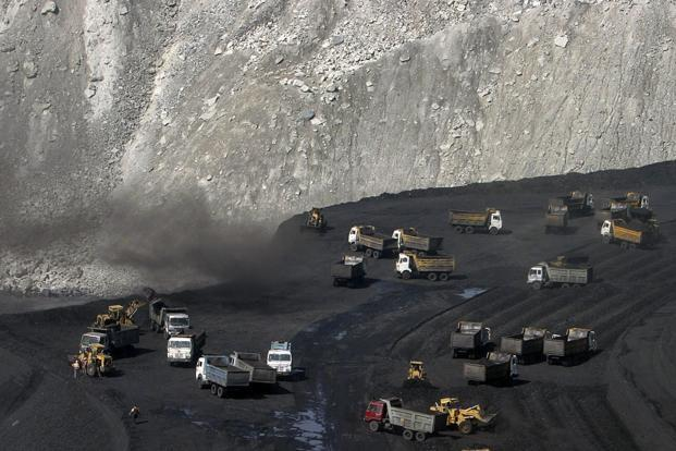 Miners work at a coalmine in Chhattisgarh. Photo: Reuters