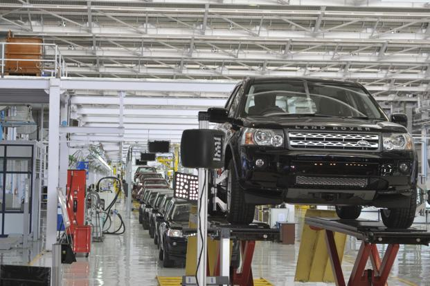 JLR offers 7.5% salary hike for over 21,000 employees - Livemint
