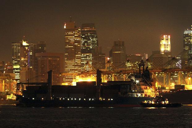 A file photo of the Singapore port. Photo: Wong Maye-E/AP  (Wong Maye-E/AP )