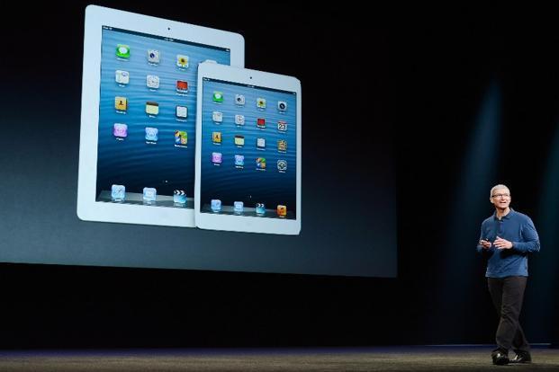 Apple iPad2 SWOT Analysis, Competitors & USP
