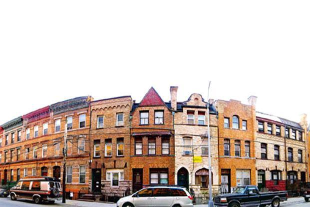 Renaissance Revival-style buildings in Bertine Block, Mott Haven.Photo: Emilio Guerra/Wikimedia Commons.