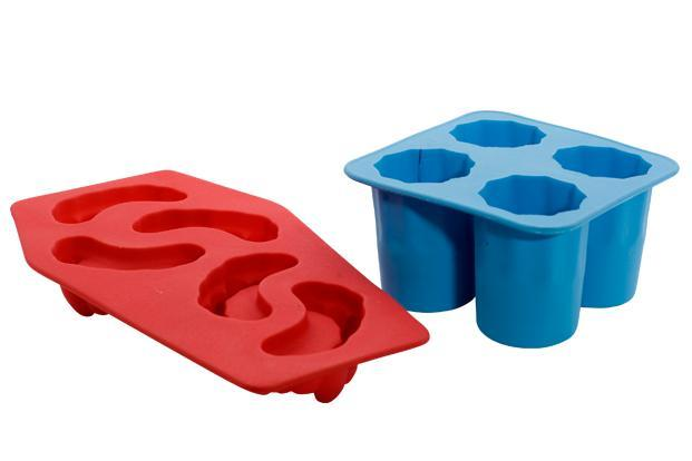 Gifts of Love, Select Citywalk mall, New Delhi: Funky ice tray Rs299.