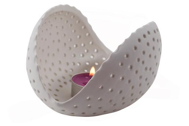 Address Home, Greater Kailash, Part 1, New Delhi; Raghuvanshi Mills Compound, Lower Parel, Mumbai and Banjara Hills, Hyderabad: Tea-light votive, Rs690.