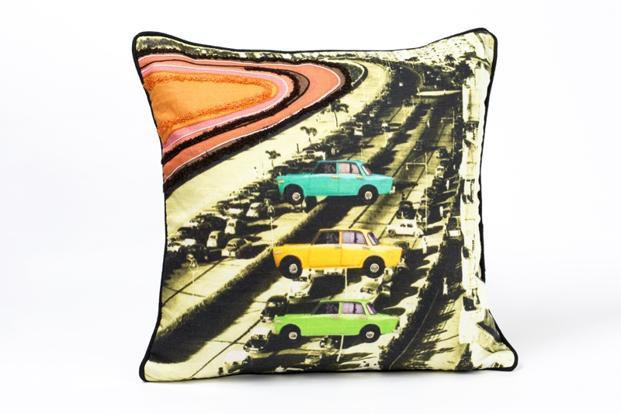 Indiacircus.com: Cushions in cotton, silk, velvet and satin, Range starts at Rs599.