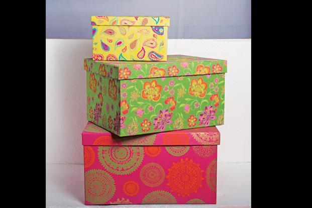 Art Papyrus, N Block Market, Greater Kailash 1, New Delhi: Boxes, Top down Rs150, Rs300 and Rs350.