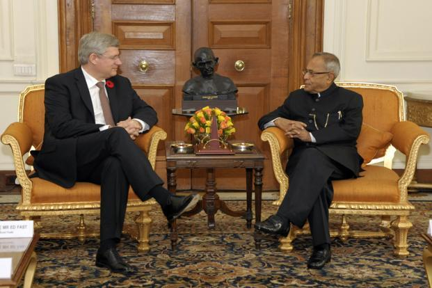 Canadian Prime Minister Stephen Harper (left) with India's President Pranab Mukherjee at Rashtrapati Bhavan in New Delhi on Tuesday. Photo: Reuters