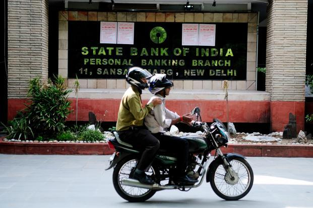 SBI's poor operating performance comes against a backdrop of asset quality problems. Photo: Pradeep Gaur/Mint