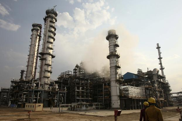 HMEL so far has bought four million barrels Iranian oil. Photo: Ajay Verma/Reuters