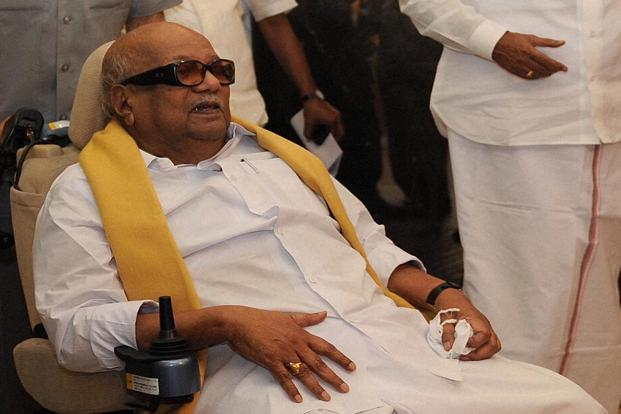 Dravida Munnetra Kazhagam chief M. Karunanidhi has refused to publicize the party's stand on retail FDI ahead of the session. Photo: PTI